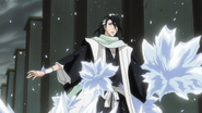 Byakuya zaatakowany przez lodowe płatki