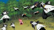 Sui-Feng's clones surround Komamura