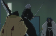 Reigai Isane protects Inaba from Mayuri