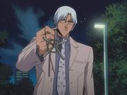 O111 Ryuken pokazuje swój Krzyż Quincy