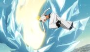 Harribel atacando a Hitsugaya