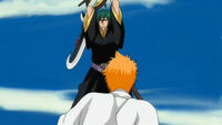 Yushima apunto de matar a Ichigo