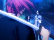 O16 Renji konfrontuje się z Uryu i Rukią