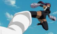 Yoruichi kicks Aizen