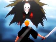 O9 Grand Fisher z pojmaną Karin obejmuje Ichigo swoim futrem