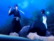 O16 Renji pokonuje Uryu na oczach Rukii
