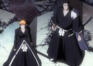 Ichigo and Isshin looks for Aizen Transformation