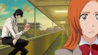 Tsukishima aparece detrás de Inoue