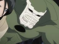 O148 Aromazon pojawia się za plecami Rukii