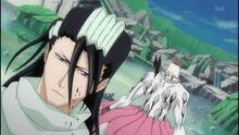 Byakuya donnant le coup fatal à Zommari