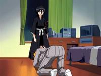O1 Rukia używa Sai na Ichigo
