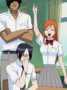 O110 Sado, Orihime i Uryu witają Ichigo w klasie