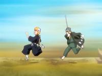 O20 Kisuke celuje w Ichigo za pomocą Hozuri
