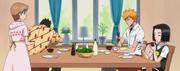 O64 Isshin Yuzu Karin i Ichigo przy stole