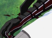 Braço de Sado ferido no anime.png