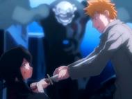 O1 Rukia i Ichigo przedstawiają się sobie