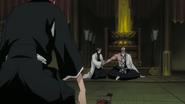 Unohana tends to Yamamoto's injuries