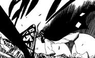 Urahara binds Aizen with Benihime