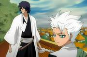 Hitsugaya and Amagai watch the infiltration