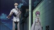 Snakey hands Karin back to Ichigo