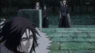 Ichigo approaches Muramasa