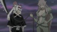 Renji arrives in the Human World alongside Zabimaru