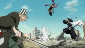 Yoruichi Urahara Isshin attack Aizen