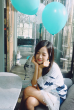 Jisoo with blue balloons IG Update