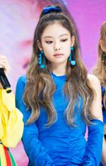 SBS Inkigayo Jennie 180613 2