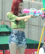 Rosé IG Update Sprite Water Bomb Festival 180721 3