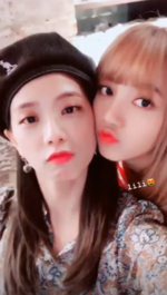 Jisoo IG Story Update with Lisa 180915