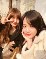 Lisa and Jisoo IG Update 251117 3