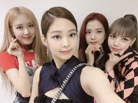 BLACKPINK IG Update 190414 4