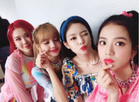 BLACKPINK IG Update 180715 2