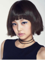 Jennie With short hair