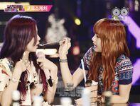 Lisa and Jisoo at JYP Party People 2