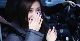 Jisoo leaving Inkigayo 22