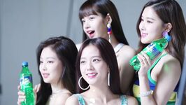 Blackpink-sprite-behind-the-scenes-interview-11