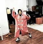 Jisoo in a big coat