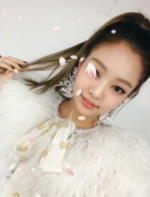 Jennie at the Melon Music Awards using snow 3