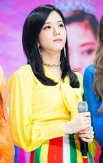 SBS Inkigayo Jisoo 180613 4