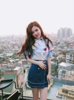 Rosé Behind The Scenes of Trevi 5