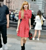 Wkorea IG Update of Lisa 180914
