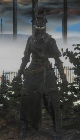 Yharnam Hunter Set (female)