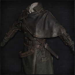 Yharnam Hunter Garb (female)