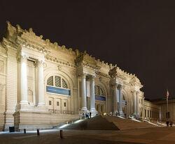 Metropolitan-Museum-of-Art-Night-View