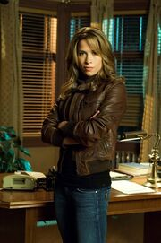 Christina Cox (tvs - Blood Ties) -
