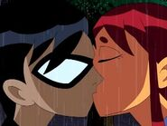 Robin&Starfire KISS