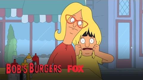 Linda Goes Blonde To Hide Gray Hairs Season 5 Ep