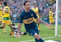 Juan Manuel Martínez gol a Defensa